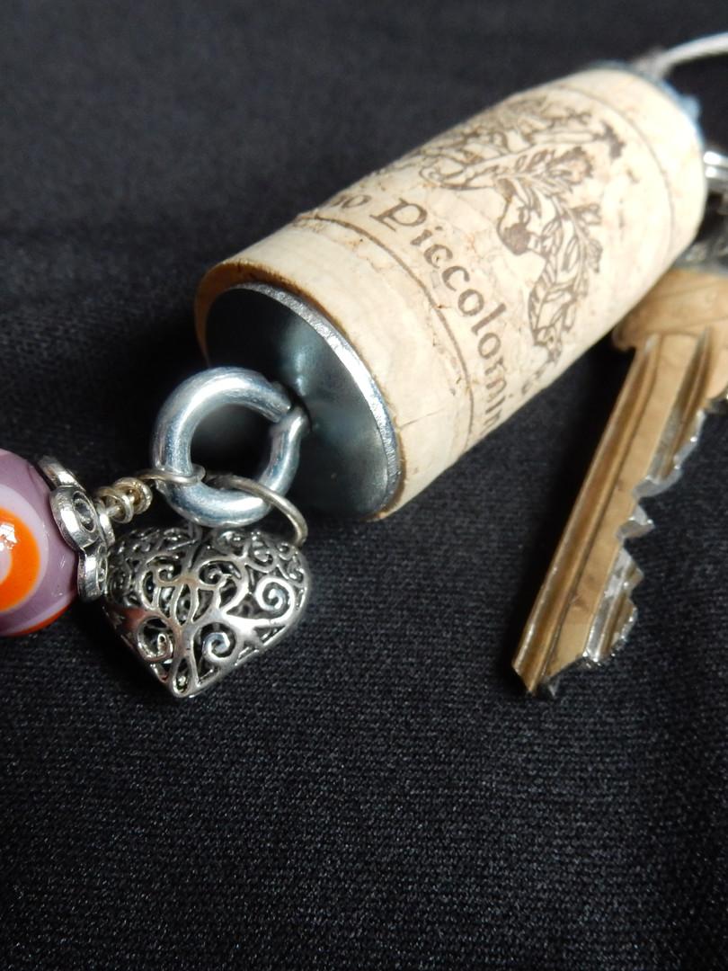 Zapfen mit Schutzengeli und einer Perle    CHF 23.00