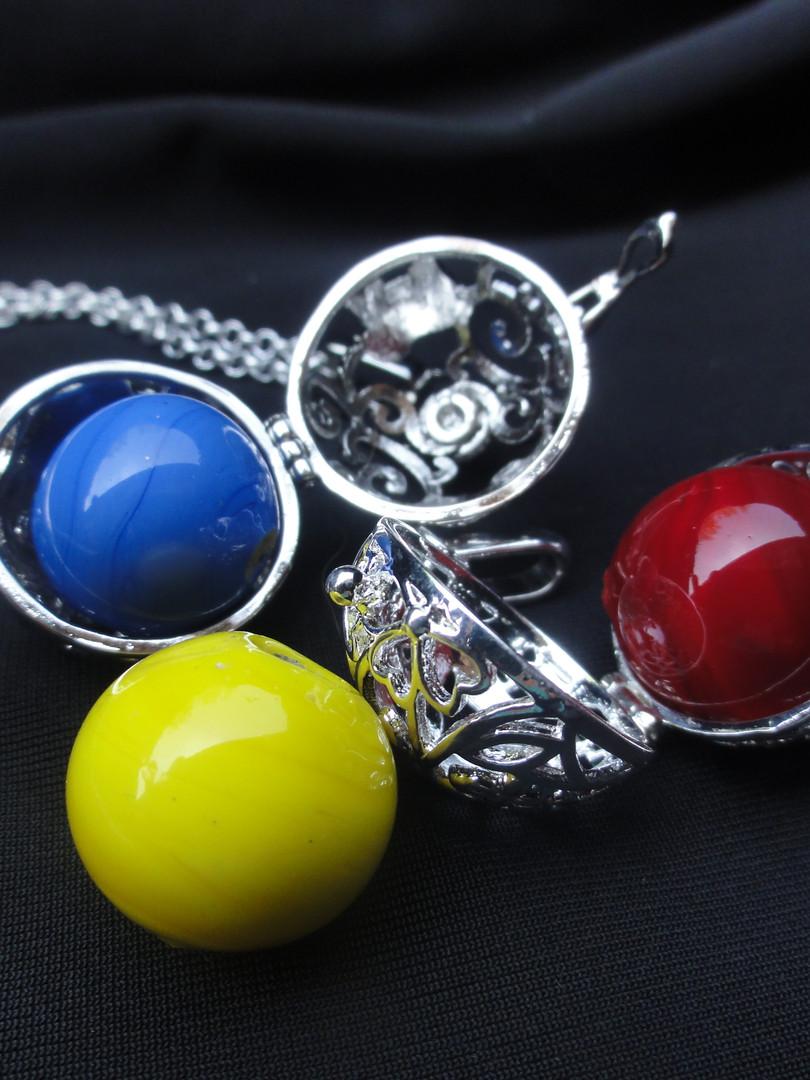 Halskette mit Einzelperle  CHF 25.00
