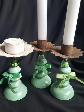 Kerzenständer mit 2 Glasperlen  CH 30.00