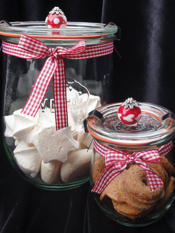 Geschenksgläser mit einer Glasperle