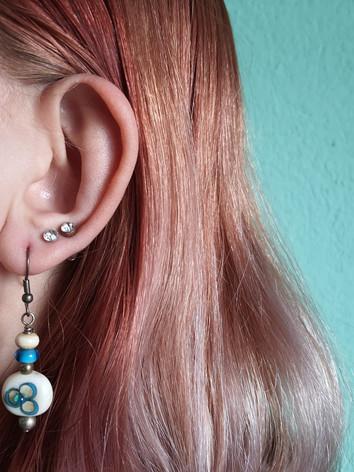 Ohrenringe mit zwei Glasperlen  CHF 20.00