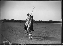 1922 - Le roi d'Espagne au polo