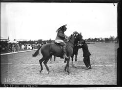 1922 août -Gymkhana équestre