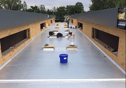 Commercail-roofing-5-1000x700.jpg