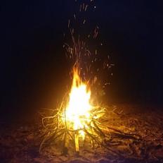 petit feu de camp _D