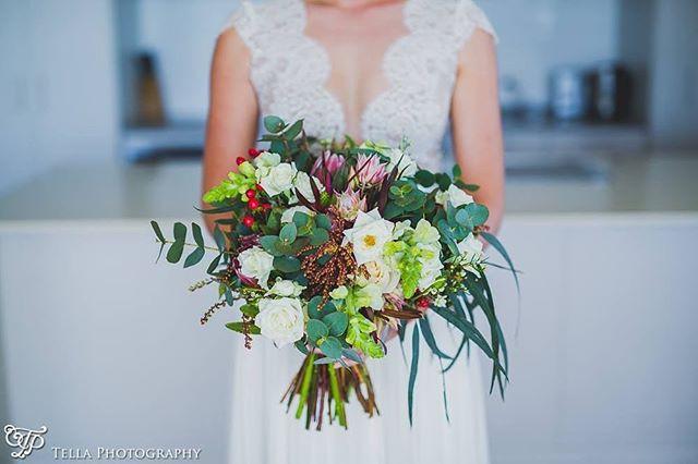 Australian Native Bouquet In Neutral T