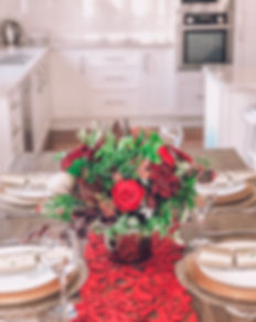 Christmas Table Center 1.JPG