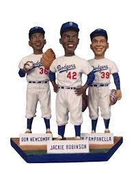 2013 SGA Dodgers Jackie Robinson Statue