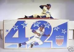 2005 SGA Dodgers Jackie Robinson Statue New