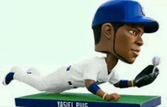 2015 SGA Dodgers Yasiel Puig Bobblehead