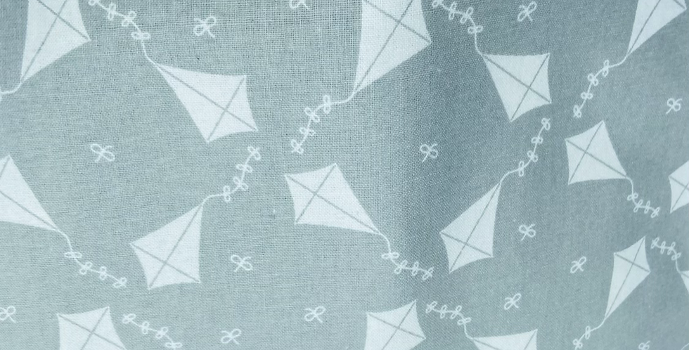 Monochrome Kite 🪁 Bar Cover
