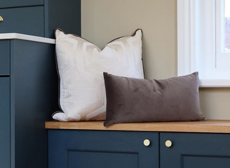 Decorating With Navy Blue | 5 Ways to Work This Stunning Shade