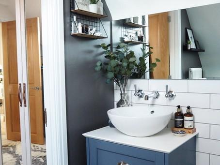 A Modern Victorian Ensuite Bathroom in Hampton-In-Arden