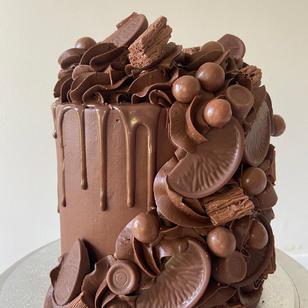 "6"" Waterfall Cake"