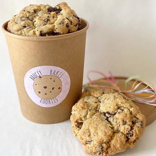 6 Chocolate Chunk Cookies