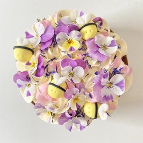 Afternoon tea cake (flowers will var