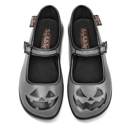 Halloween Grey