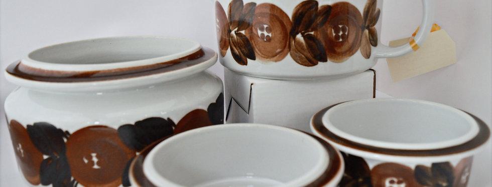 1960's Retro Arabia Pottery