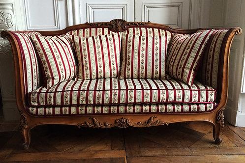 Canapé de style Louis XV époque XIXe siècle
