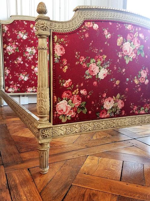 Lit de style Louis XVI époque XIXe siècle