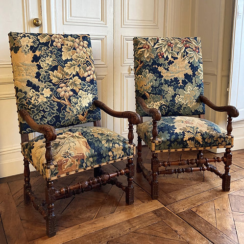 Paire de fauteuils du XVIIIe siècle manufacture d'Aubusson