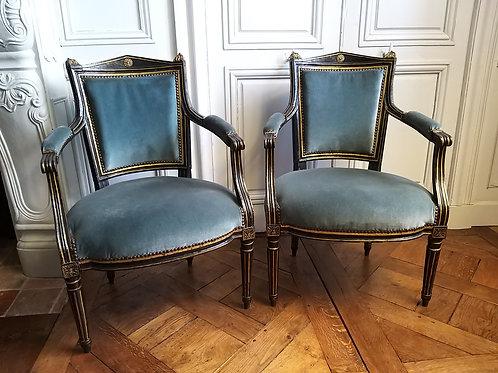 Paire de fauteuils époque Directoire XVIIIe siècle