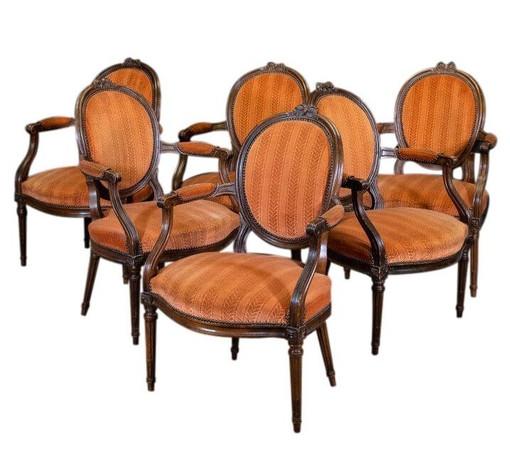 Epoque Louis XVI suite de six fauteuils