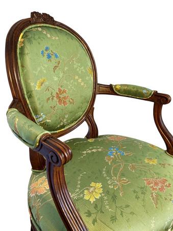 Détail d'un fauteuils Louis XVI du XVIIIe siècle