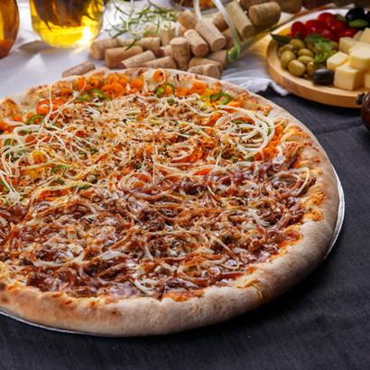 Nossa Querida Pizza de Costela e Camarão àBaiana
