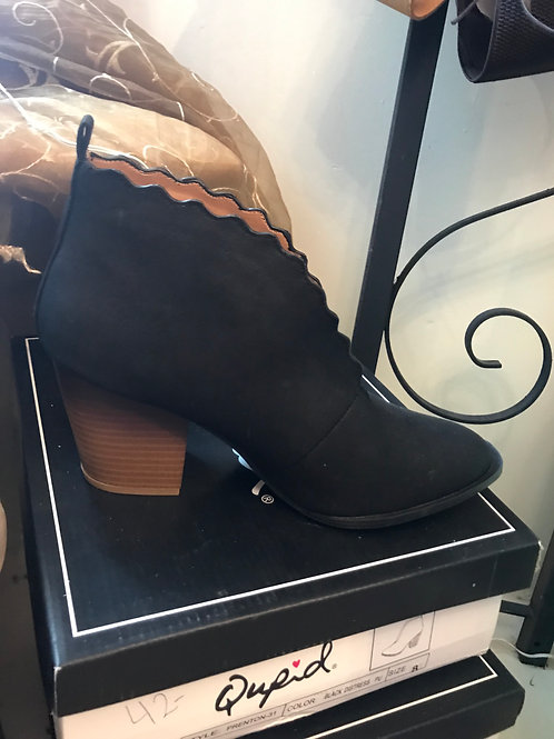 Black Distress Heel