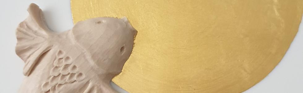 Carpe sculpture