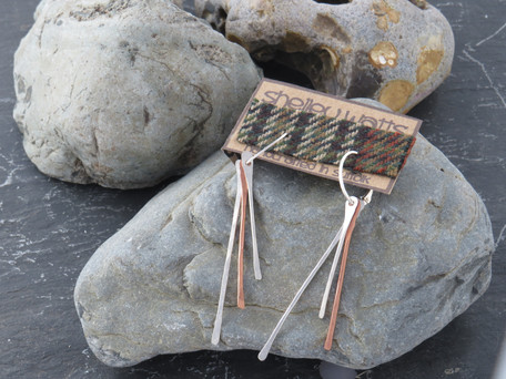Silver and copper loose strands