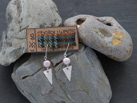 Hammered triangle and pale pink freshwater pearl on handmade wire from