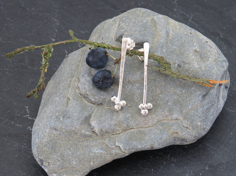 Hammered long studs with 4 silver bobbles