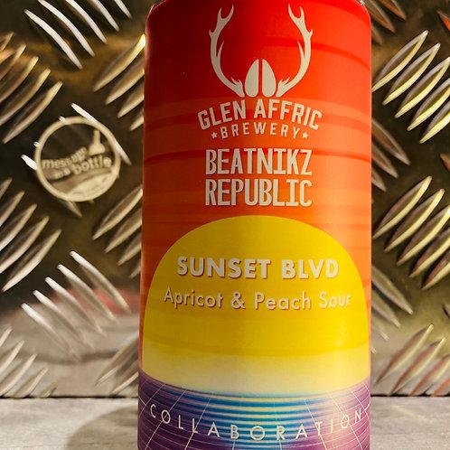 Glen Affric X Beatnikz Republic 🇬🇧 SUNSET BLVD 🍑 apricot & peach sour