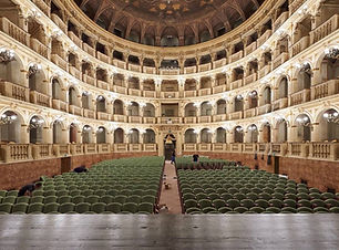 bologna teatro.jpg