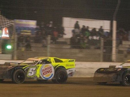Super Saloons & SuperStocks Shine In Features