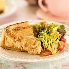TORTA DE FRANGO c/ crocante de ervas