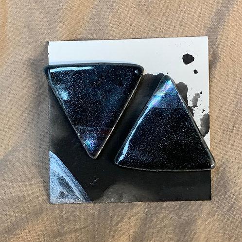 Large Iridescent Triangles