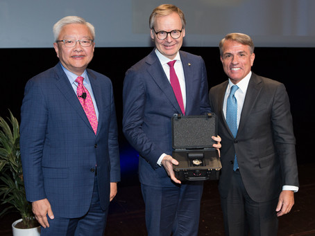 Frank Marrenbach awarded Leading Legend
