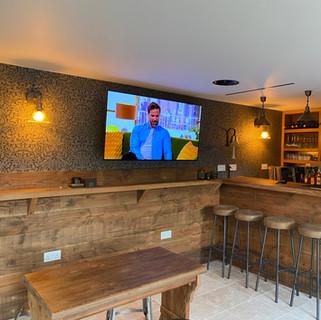 Bar & Outside Entertainment