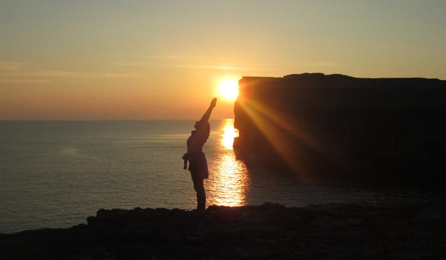 sunset_yoga_inis_mor.JPG