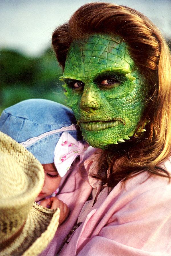 Divorce The Musical 20 Lizard Woman Make