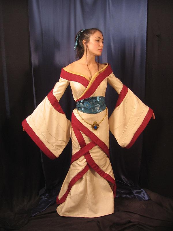 Princess gown Hirohawa Sun Devil 009.jpg
