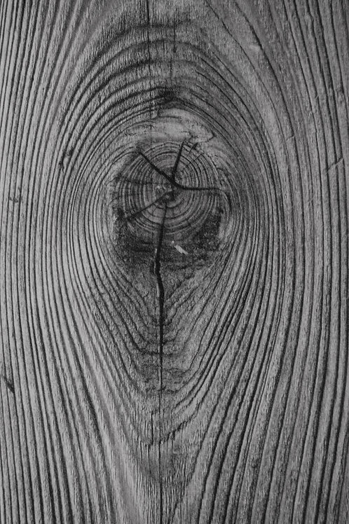 Wooden Barn Knot
