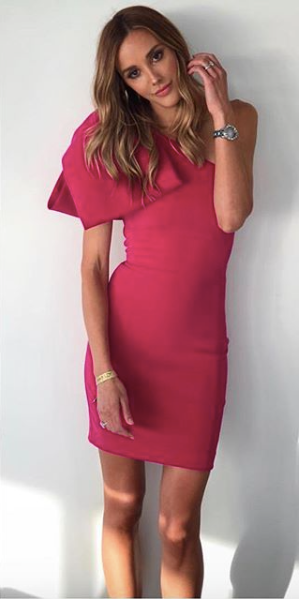 7763ba526e4b We love the stunning colour of this Rebecca Vallance classic Hampton's Bow  Mini Dress. This dress is a statement piece, with an oversized bow, ...