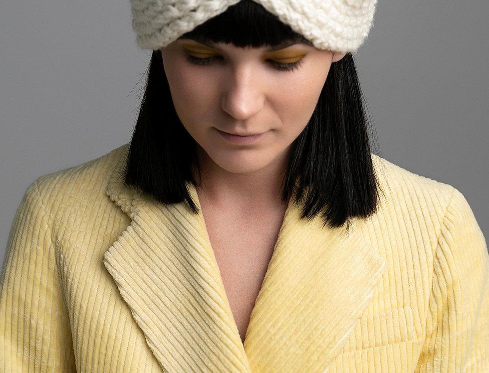 Bonnet croisé tricoté par Mamie-Lou
