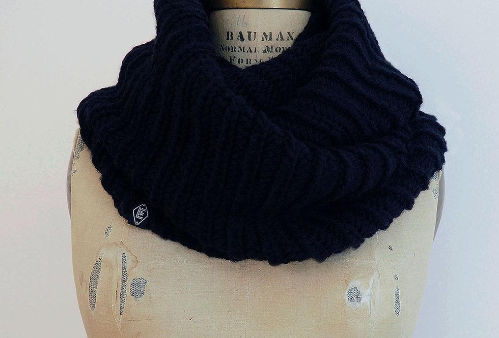 Col cannelé infini tricoté par Mamie-Lou