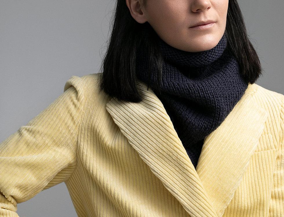 Col structuré tricoté par Claire