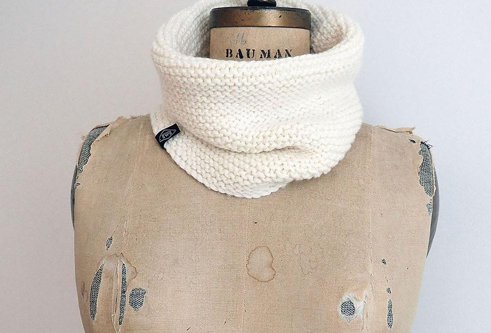 Col unicolore tricoté par Claire